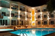 Мини почивка в Ставрос, Халкидики  с автобус и включени вечери - хотел Stavros Beach 3*