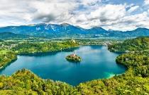 Екскурзия до Словения - Блед, Любляна, Постойна Яма и Триест